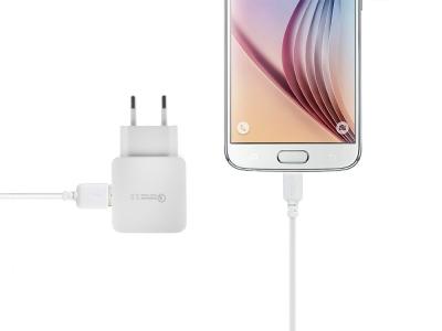 Зарядно устройство 220V 3.0A с кабел Micro USB